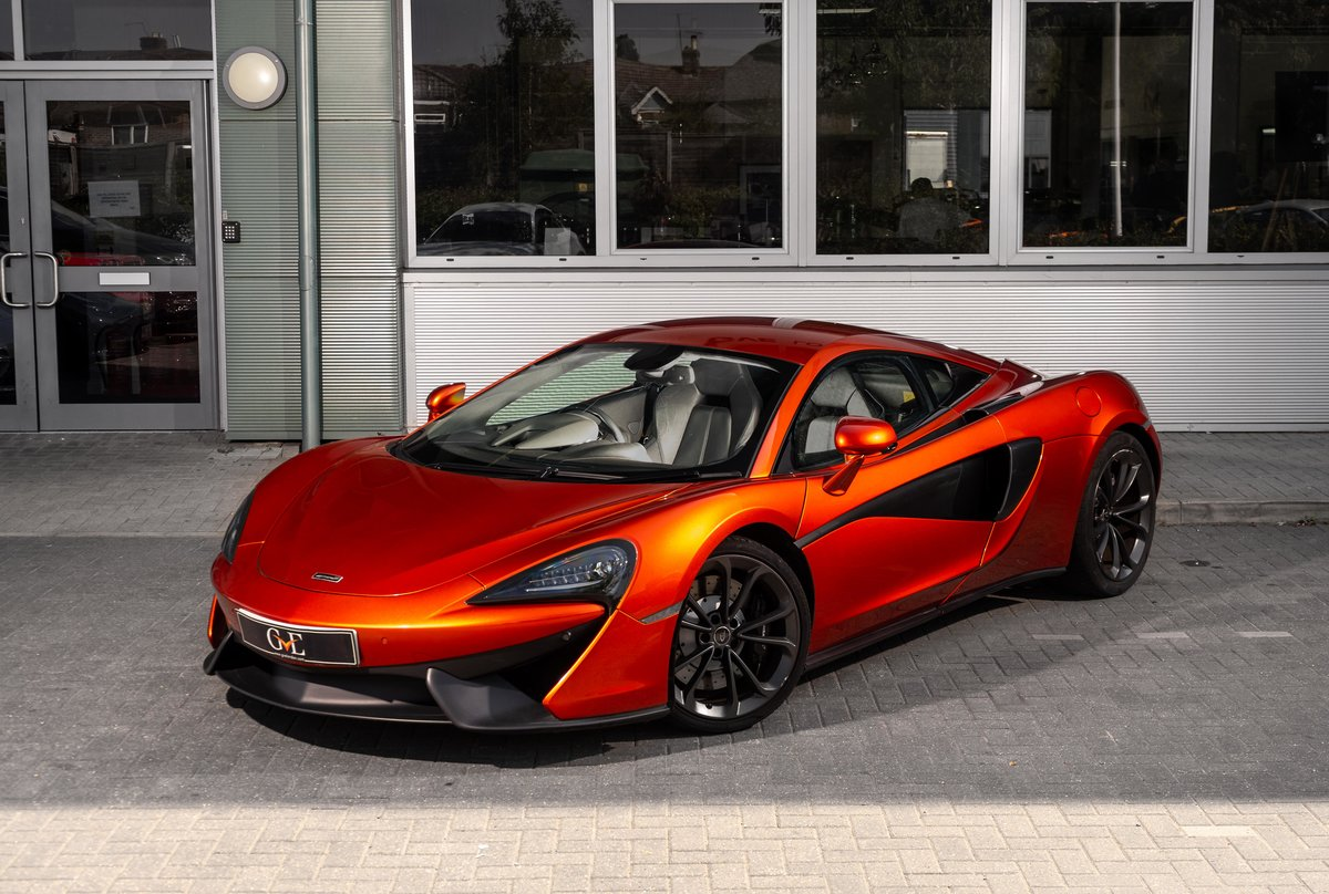 McLaren 540c 2017/17 For Sale (picture 1 of 6)