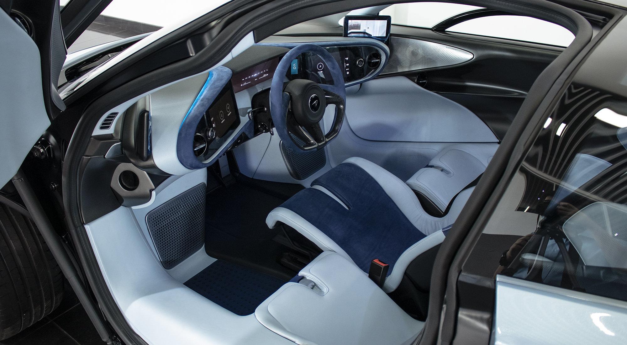 McLaren Speedtail (2020) For Sale (picture 3 of 6)