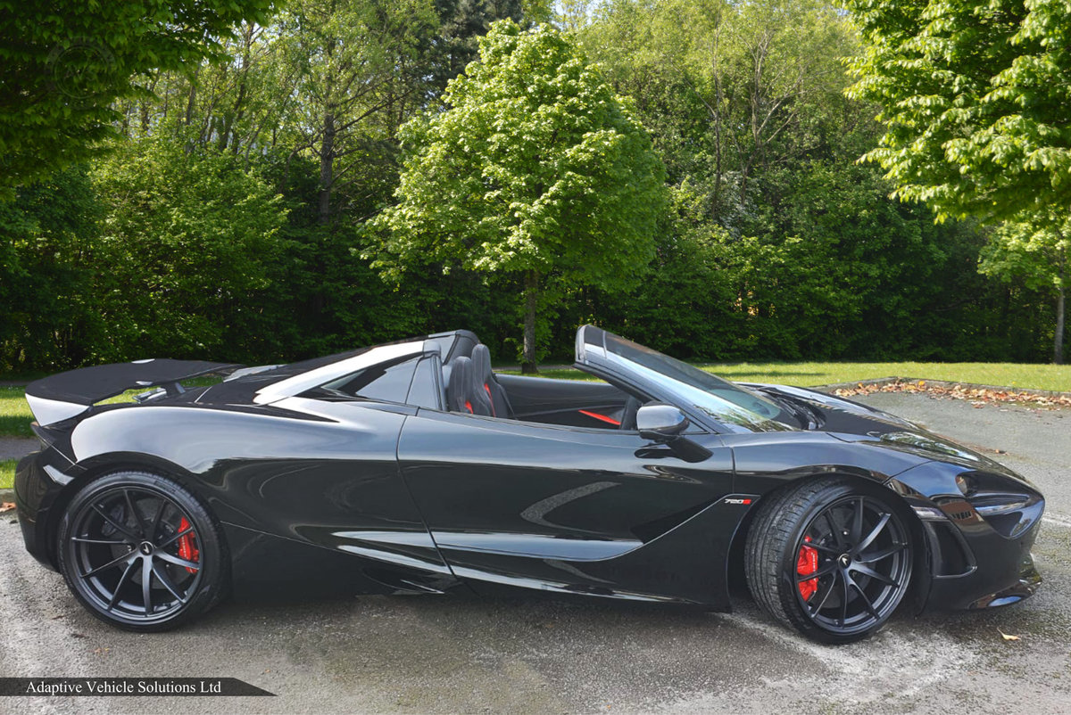 2020 Save Over £58,000 - McLaren 720s Performance Spider For Sale (picture 2 of 5)