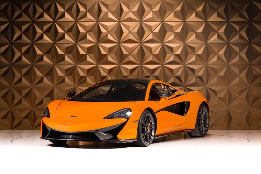2017 McLaren 570s SOLD (picture 2 of 6)