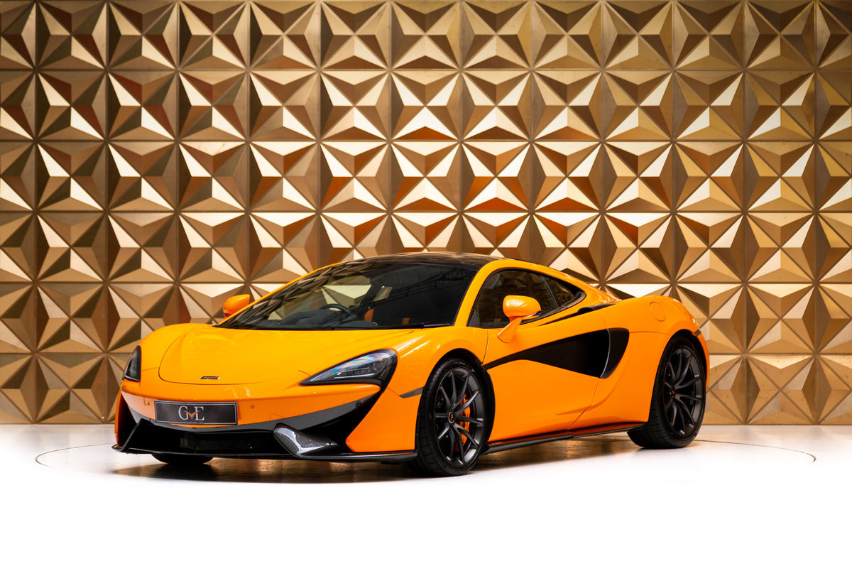 2018 McLaren 570GT For Sale (picture 2 of 11)