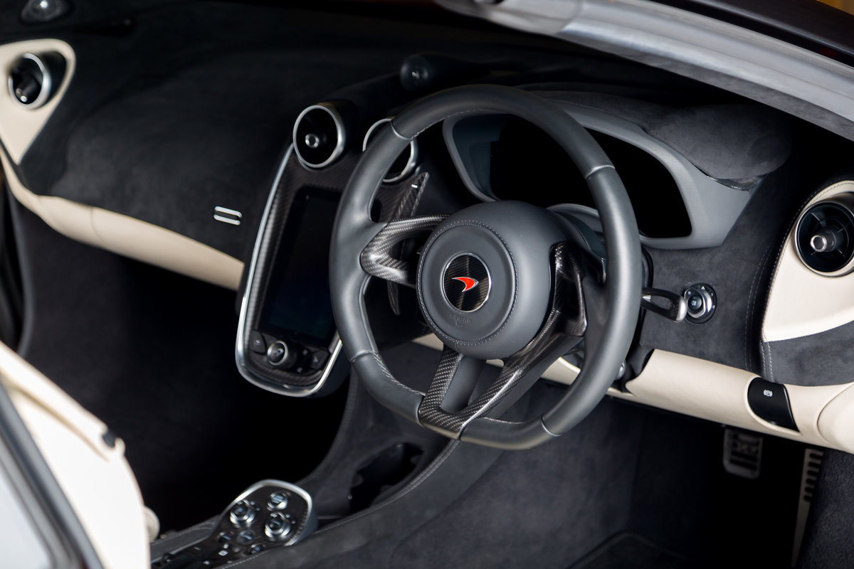 2018 McLaren 570s Spider For Sale (picture 8 of 12)