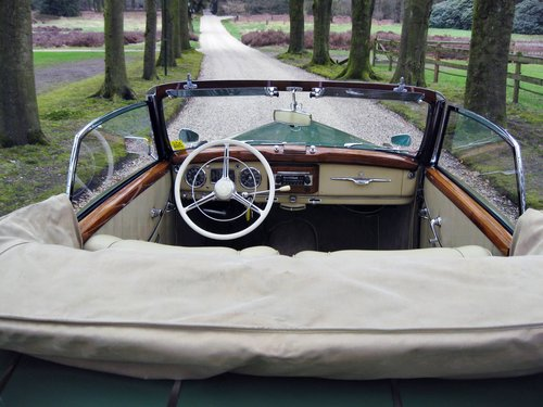 1952 Mercedes 220A  € 149.500 SOLD (picture 2 of 6)