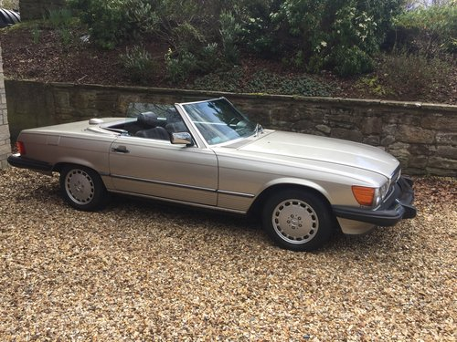 1987 Mercedes 560SL  w107 SOLD (picture 1 of 6)