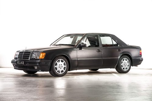 1992 Mercedes 500E W124 UK Registered  SOLD (picture 1 of 6)