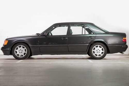 1992 Mercedes 500E W124 UK Registered  SOLD (picture 2 of 6)