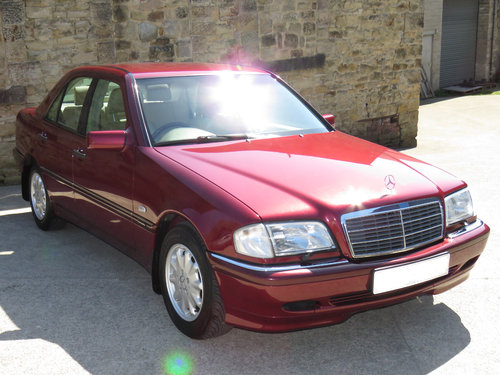 1999 Mercedes W202 C240 Eleg. Auto (5) - 59K - FMBSH - High Spec SOLD (picture 3 of 6)