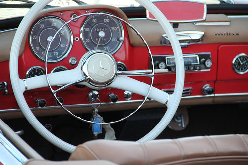 1960 Stunning red Mercedes 190 SL For Sale (picture 4 of 6)