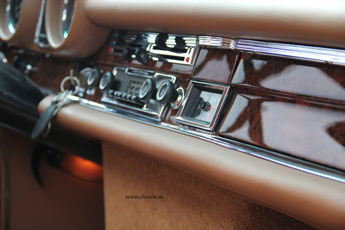 1972 Fully restored Mercedes 280SE 3,5 in mossgreen, manual LHD SOLD (picture 5 of 6)