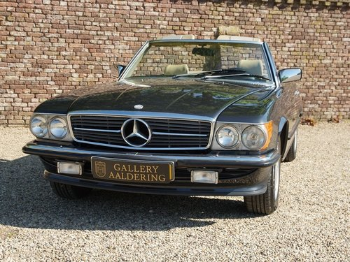 1986 Mercedes 300SL  only 64.000 miles. Matching numbers! For Sale (picture 5 of 6)