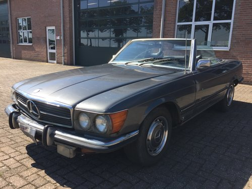 1972 Mercedes 450SL R107 roadster with hardtop For Sale (picture 4 of 6)
