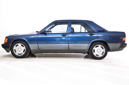 1991 Mercedes 190E 1.8 LHD original 17.000km  SOLD (picture 3 of 6)
