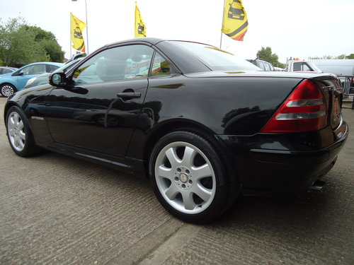 0303 LOW MILEAGE SLK 230 KOMP AUTO - VERY NICE SPEC For Sale (picture 2 of 6)