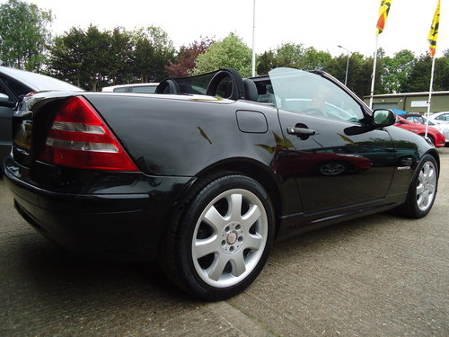 0303 LOW MILEAGE SLK 230 KOMP AUTO - VERY NICE SPEC For Sale (picture 4 of 6)