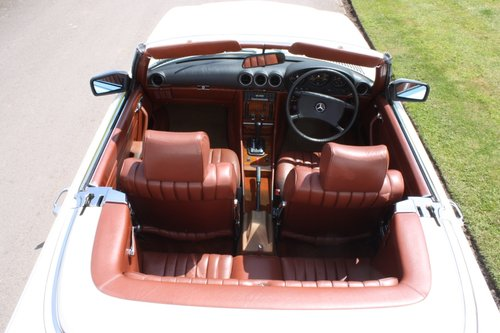 1982 Mercedes 500SL  only 32000 miles W107 For Sale (picture 5 of 6)