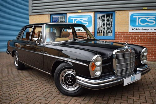 1972 Mercedes-Benz 280SE 3.5i V8 Saloon Auto W108 SOLD (picture 1 of 6)