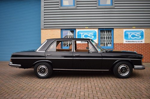 1972 Mercedes-Benz 280SE 3.5i V8 Saloon Auto W108 SOLD (picture 3 of 6)
