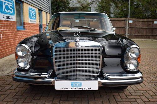 1972 Mercedes-Benz 280SE 3.5i V8 Saloon Auto W108 SOLD (picture 4 of 6)