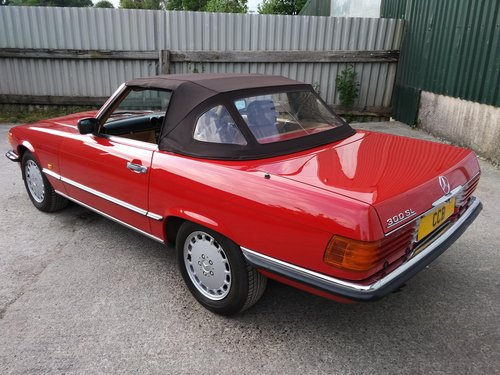 Mercedes 300SL Roadster 3.0 Litre 6 Cyl – 1986C For Sale (picture 3 of 6)