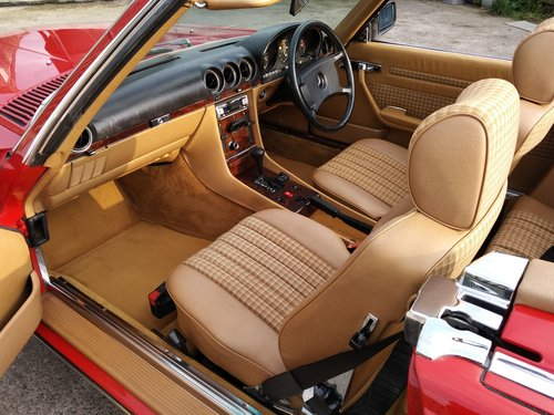 Mercedes 300SL Roadster 3.0 Litre 6 Cyl – 1986C For Sale (picture 4 of 6)