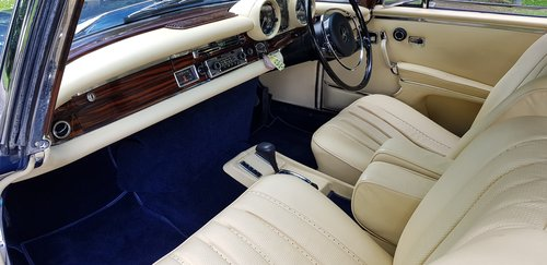 1971 280SE 3.5 Coupe £60,000 spent New interior, wood, paint etc  For Sale (picture 3 of 6)