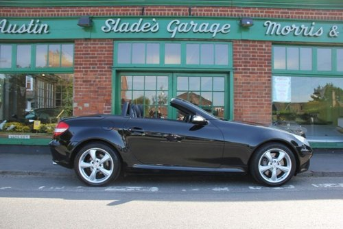 2004 Mercedes SLK 350 Automatic  SOLD (picture 1 of 4)