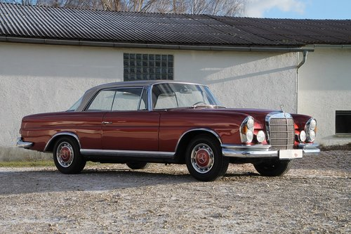 1969 Mercedes Benz 280 SE Coupe W111 / 1. owner!! For Sale (picture 1 of 6)