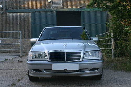 2000 Superb 1 Owner from Mercedes Benz C200 Elegance For Sale (picture 4 of 6)