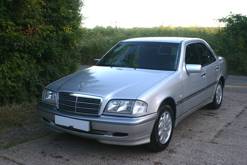 2000 Superb 1 Owner from Mercedes Benz C200 Elegance For Sale (picture 5 of 6)