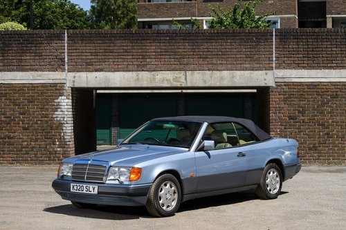 1993 Mercedes-Benz W124 320 CE Cabriolet 2 Owner SOLD (picture 2 of 6)