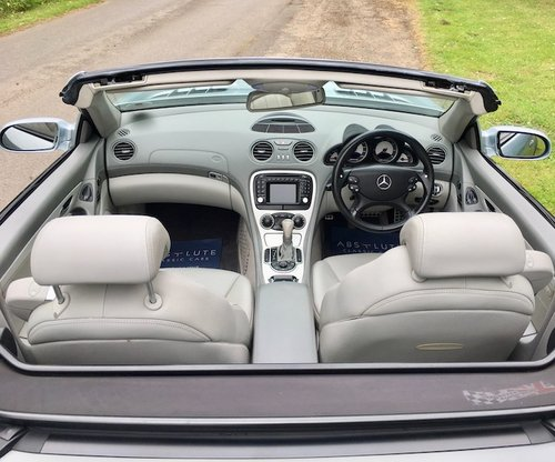 2003 Mercedes Benz SL55 AMG - Top spec, FSH, stunning example SOLD (picture 5 of 6)