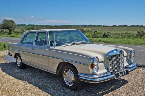 1971 Mercedes 280 SEL 4.5 V8 Restored 45k Miles LHD For SOLD (picture 1 of 6)