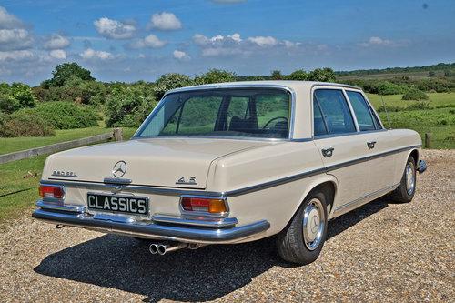 1971 Mercedes 280 SEL 4.5 V8 Restored 45k Miles LHD For SOLD (picture 4 of 6)