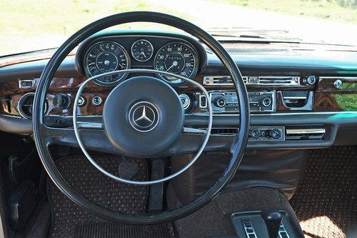 1971 Mercedes 280 SEL 4.5 V8 Restored 45k Miles LHD For SOLD (picture 5 of 6)
