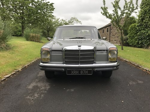 1969 Mercedes W114 250/8 LHD For Sale (picture 1 of 6)