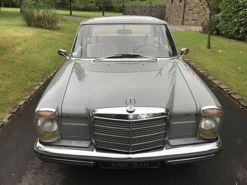 1969 Mercedes W114 250/8 LHD For Sale (picture 5 of 6)