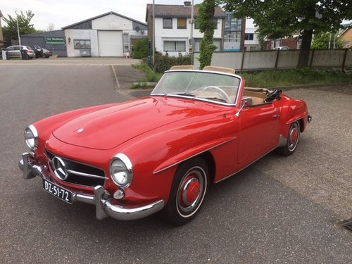 Very nice 1959 Mercedes 190SL in red for sale SOLD (picture 1 of 6)