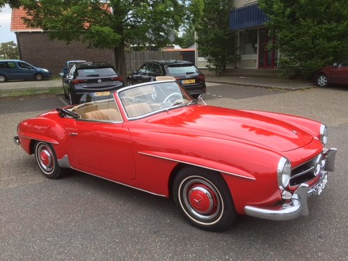 Very nice 1959 Mercedes 190SL in red for sale SOLD (picture 2 of 6)