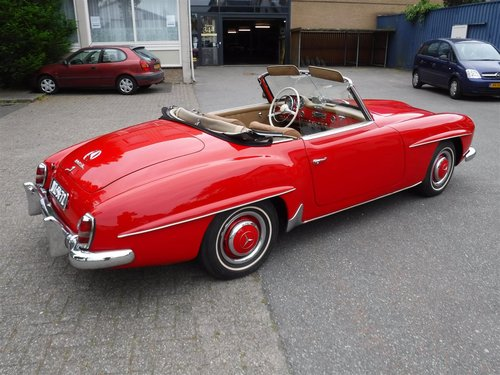 Very nice 1959 Mercedes 190SL in red for sale SOLD (picture 6 of 6)