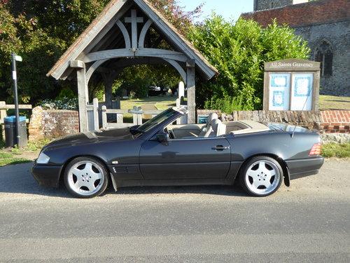 1992 Mercedes sl300 24v auto convertable For Sale (picture 1 of 4)