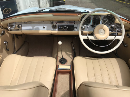 1964 Mercedes Benz 230SL - Completely rebuilt For Sale (picture 4 of 6)