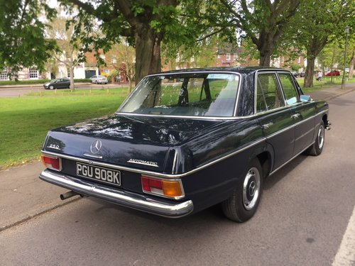1971 Rare UK supplied RHD Classic Mercedes W114 250 For Sale (picture 5 of 6)