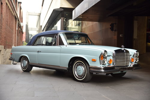 1971 Mercedes 280SE 3.5 Cabriolet LHD SOLD (picture 2 of 6)