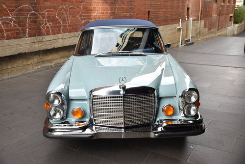 1971 Mercedes 280SE 3.5 Cabriolet LHD SOLD (picture 3 of 6)