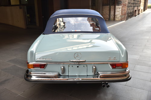 1971 Mercedes 280SE 3.5 Cabriolet LHD For Sale (picture 4 of 6)