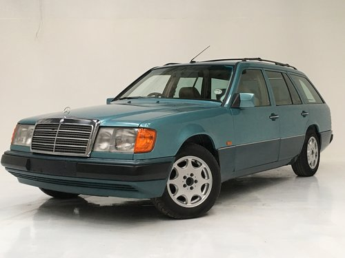 1991 230TE W124 ESTATE - RARE AIR CON CAR SOLD (picture 1 of 6)