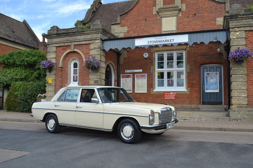 1975 Mercedes-Benz 230 Automatic For Sale (picture 1 of 6)