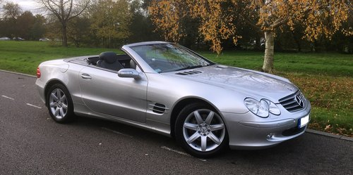 2005 Mrecedes SL350 Automatic 1 Owner FMDSH Low Miles For Sale (picture 1 of 6)