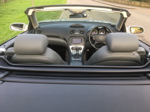 2005 Mrecedes SL350 Automatic 1 Owner FMDSH Low Miles For Sale (picture 6 of 6)