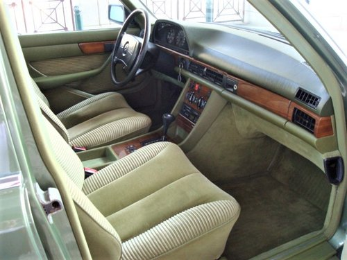 1981 Mercedes-Benz 500 SE (W126) For Sale (picture 3 of 6)